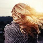 Jakie są najważniejsze zasady prawidłowej pielęgnacji włosów dla zapracowanych?