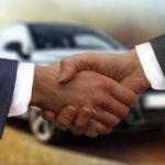 Jak rozpoznać wiarygodnego sprzedawcę samochodów?